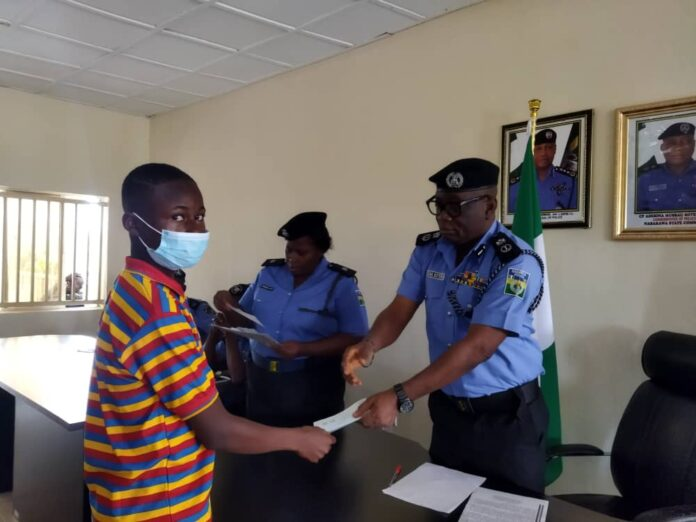 Police present N22.7 million cheques to families of deceased personnel in Nasarawa